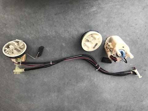 ベンツ C200 フューエルポンプ 交換 エンスト