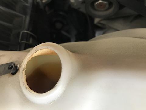 エクスプローラー 車検 整備 冷却水