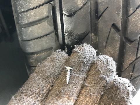 アルファード タイヤ パンク修理