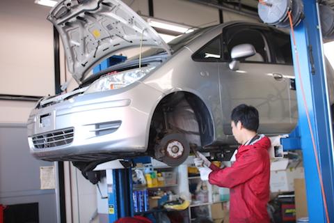 車の重要部品を守るブーツ交換