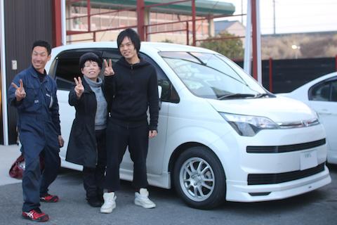 大阪でカーフィルム(スモーク)施工ならデントスマイルにお任せ下さい