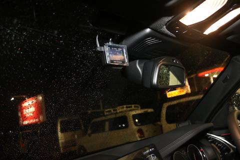 ドライブレコーダー前後取り付け、マルチバッテリー設置もお任せ!