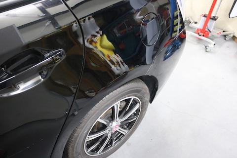 車にいたずら傷、修理で綺麗に元どおり!