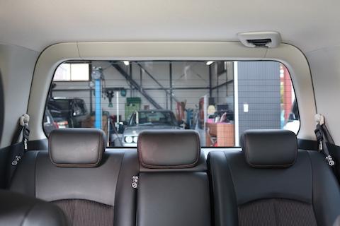 車の室内の暑さ対策に効果的な方法とは?