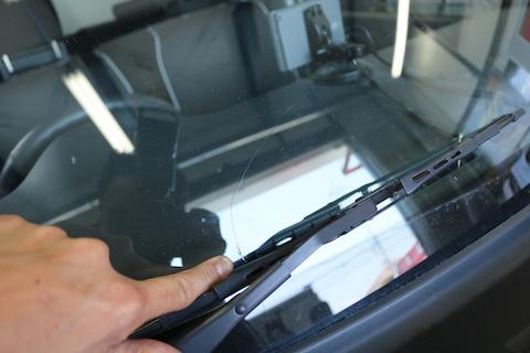 衝突防止自動ブレーキ付のフロントガラス交換も、お得な優良ガラスで!