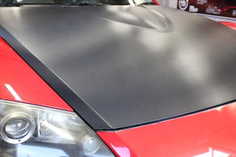 カーラッピングで、車を簡単に色変え!