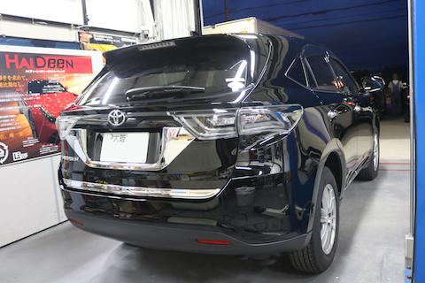 ガラスコーティングで新車以上の輝きを持続!