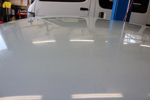 正しいカーラッピングシートなら、塗装を傷つけずに剥がして元どおり!