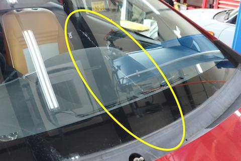車のフロントガラス交換、9万円純正ガラスが同等品で3万円に!