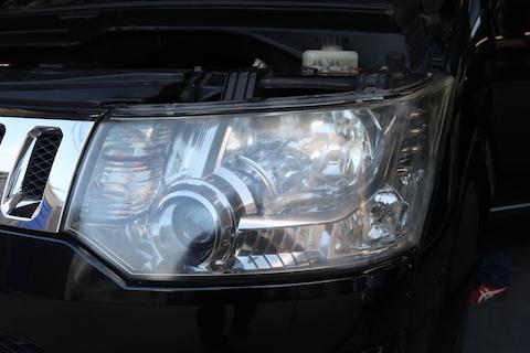 車ヘッドライトの劣化で黄ばみ・くすみが消える?古く見える車も蘇ります!