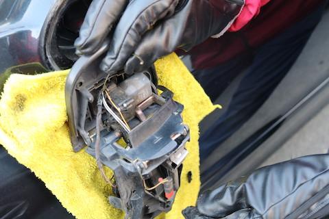 輸入車の修理は高額!工夫して費用を最小限におさえて直します!