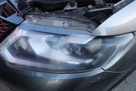 車のヘッドライトの黄ばみ・くすみ・曇りを除去する方法
