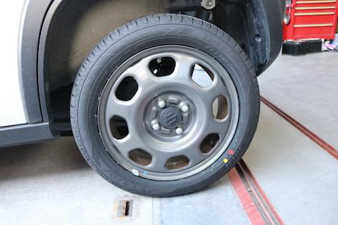 パンクしたタイヤ、修理できるかの判断がお客様の安全につながります!