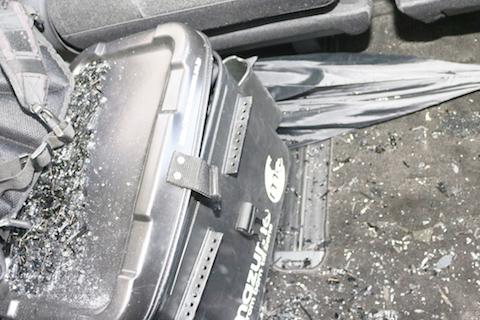 リアガラス破損、お車引き上げから修理まで一番良い方法をご提案!