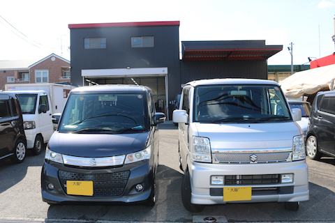 大阪のコートテクト代理店、デントスマイルが青いフロントガラスをお得にご用意します!