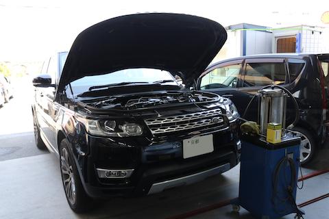日本車・輸入車問わず、オイル交換しております!