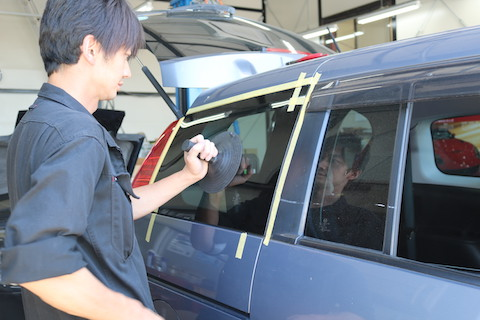 日本車・輸入車、どの部分のガラスでも交換可能です!