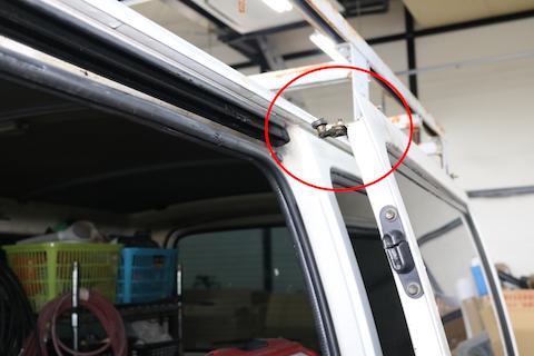車のドアが外れた!車種問わず、車のお悩み解決します!