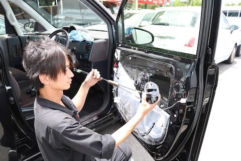 車の鍵が開かないトラブルも解決します!