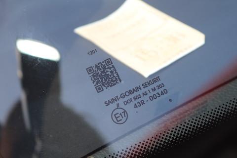 輸入車のフロントガラス交換、純正と同じで費用は大幅ダウンのOEMガラスがオススメ!