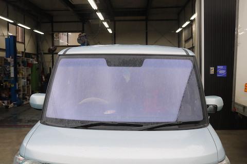 夏にオススメ、コートテクトガラスで熱反射させて、車内のジリジリをカット!