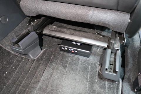 ドライブレコーダー取付でセキュリティ強化、ラゲッジランプ追加で明るく快適に!