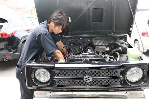 エンジンの水温計が高温になったら、走らないで直ぐ停めて下さい!