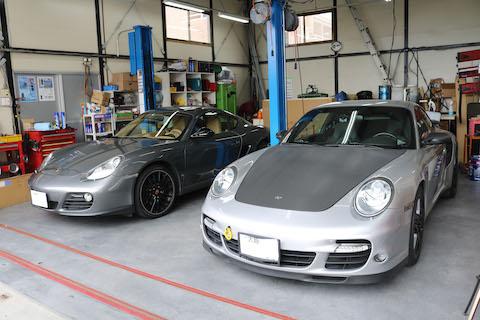 ポルシェの車検整備、ベルト・タイヤ・オイル・エアフィルター交換などお任せください!