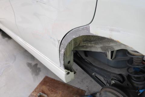これも直るの?!通常交換となって高額修理になるヘコミを再生させる鈑金・塗装!