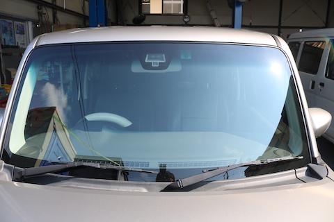 衝突被害軽減制御装置のお車でも社外品ガラスの対応が可能です!