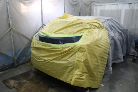 車のリアゲートの傷とヘコミを鈑金・塗装で綺麗に直します!