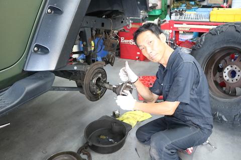 特殊なタイヤをアメリカから輸入!交換もお任せください。