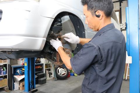 車の整備は定期交換で安心・安全ドライブを確保!