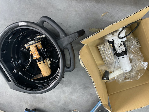 車のエンジンがかからないトラブル修理もお任せください。