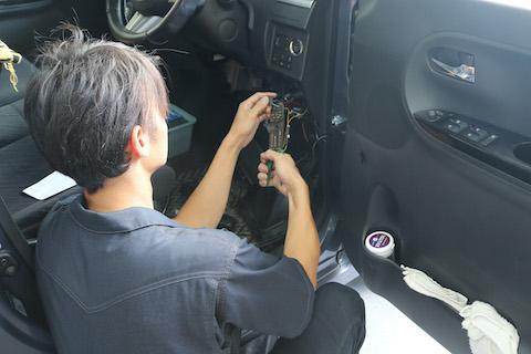 外車・輸入車にドライブレコーダー取付する為の注意点!