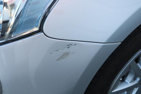 バンパーの傷を交換ではなく、鈑金・塗装という再生(リサイクル)修理で費用を削減!