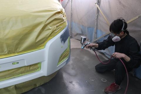 車の傷・ヘコミがピカピカに直る技術、鈑金・塗装という再生修理をご紹介!