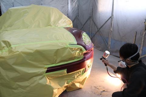 輸入車のヘコミや傷修理も鈑金・塗装で綺麗なボディに戻ります!