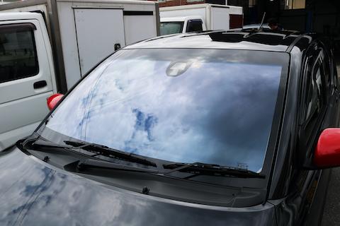 コートテクトのフロントガラス、色んな車種に対応!