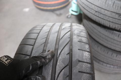 ランフラットをラジアルタイヤ、パッドを低ダスト、整備費用をおさえる方法!