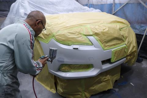 ヘコミと傷修理、デントリペアと板金塗装で良いとこ取り!