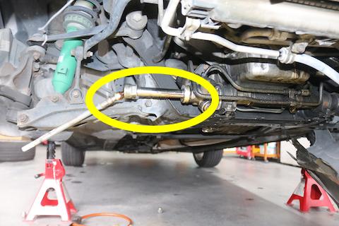 車の足回りにあるブーツとは?なぜ破れてたら車検に通らないの?