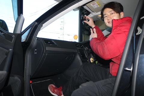 ドライブレコーダーの取付とヘコミ修理をワンストップで解決!