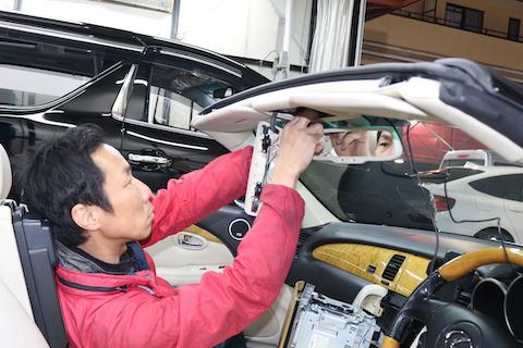 オープンカーでドライブレコーダー後、何処につけるか?をご紹介!