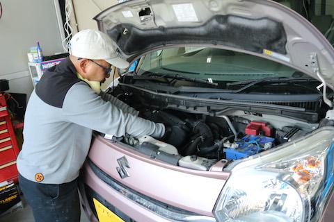 フロントガラス交換と車検を両方ご依頼可能!