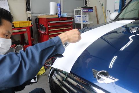 ミニクーパーのレーシングストライプをオリジナルで作成可能!