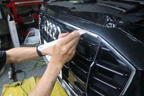 車の色を変える時、値段や注意点とオススメの方法!
