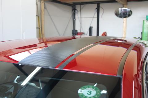 車にラインステッカーを貼る方法、デザインも自由自在!