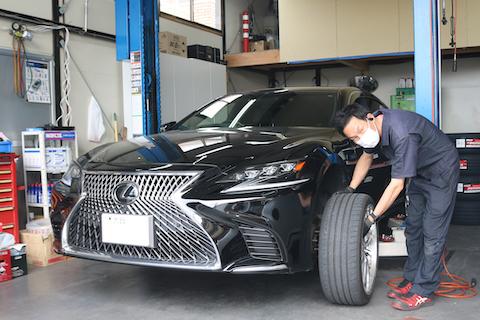 タイヤの選定から交換までレクサスLSにポテンザを取付!