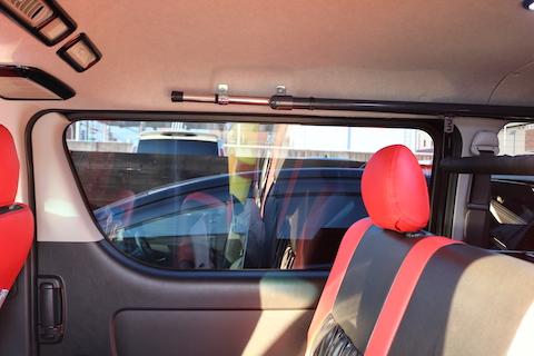 車上荒らし対策グッズとして、カーフィルムはオススメ!